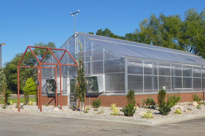USU Salt Lake Center Opening Campus Greenhouse to Benefit Students and Refugee Farmers