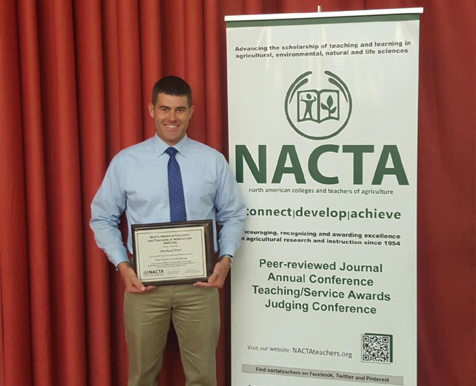 receive award